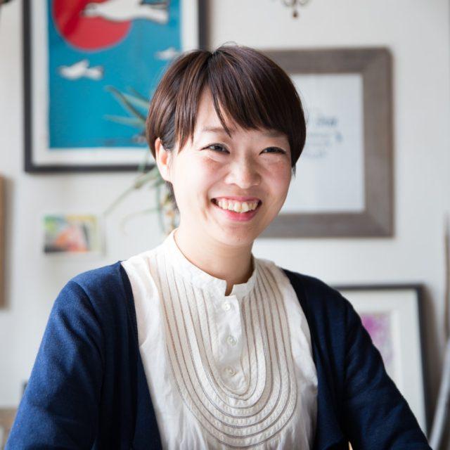 伊藤菜衣子(いとう・さいこ) 1983年北海道生まれ。クリエイティブディレクター。暮らしにまつわる常識をつくりなおし、伝えるため、広告、編集、映画制作などを手がける「暮らしかた冒険家」として活動。高気密・高断熱の住宅の普及にも取り組む。https://www.bouken.life/